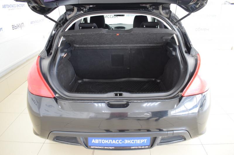 Peugeot 308 1.6 MT (120 л. с.)