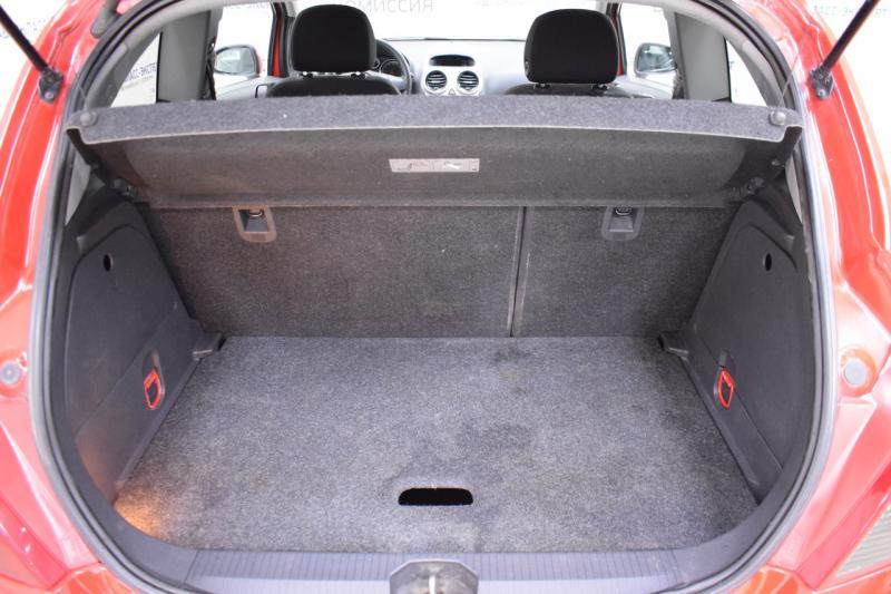 Opel Corsa 1.2 Easytronic (80 л. с.)