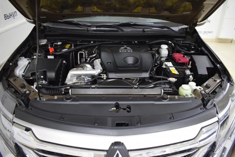 Mitsubishi Pajero Sport 2.4d AT (181л.с.) Instyle