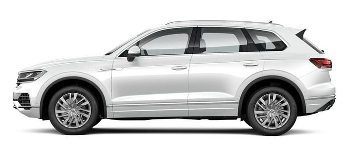 Volkswagen Новый Touareg 3.0 V6 TDI Tiptronic 4Motion (249 л.с.) Business