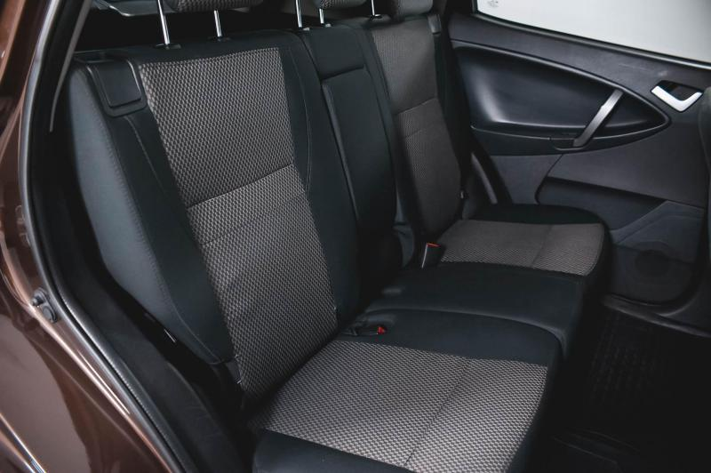 Geely Emgrand X7 2.0 MT (140 л. с.) Comfort