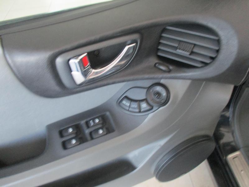 Hyundai Santa Fe 2.7 AT (173л.с.)