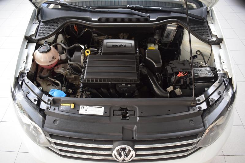 Volkswagen Polo 1.6 MT (85 л.с.) LIFE