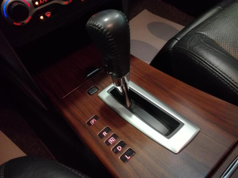 Nissan Teana 2.5 Xtronic (182 л. с.)