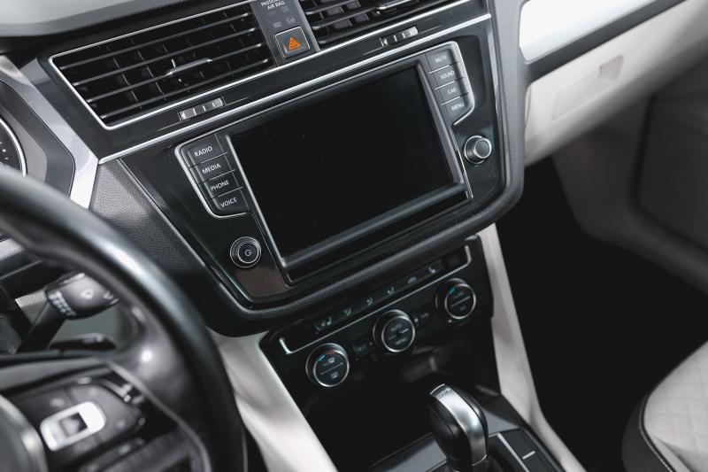 Volkswagen Tiguan 2.0 TSI 4Motion MT (180 л.с.) 4WD