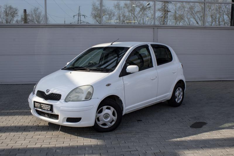 Toyota Vitz 1.0 AT (70 л. с.)