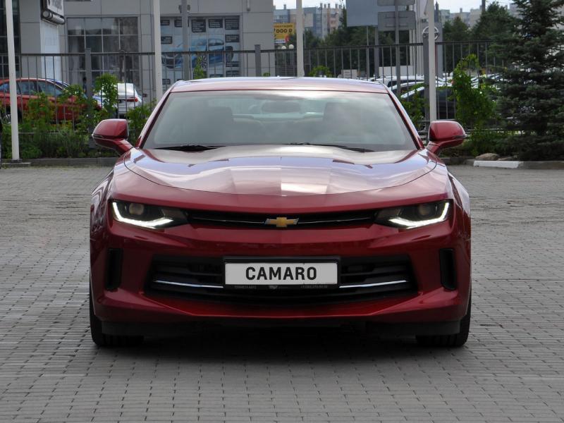 Chevrolet Camaro 2.0 AT (238 л. с.) RS