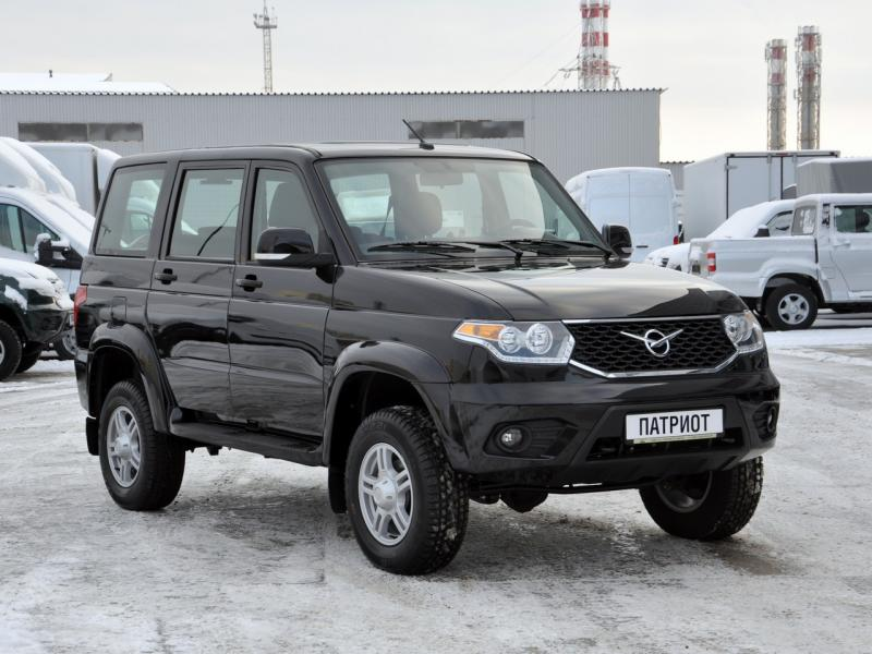 УАЗ Patriot 2.7 MT (135 л. с.) Престиж 385-03