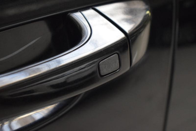 Porsche Cayenne S 4.8 Tiptronic AWD (400 л. с.)
