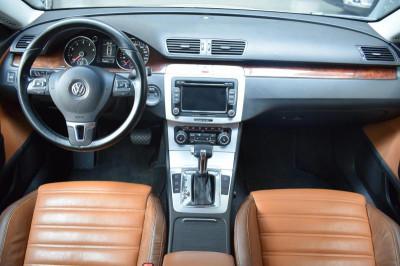 Volkswagen Passat CC 1.8 AT (152л.с.)